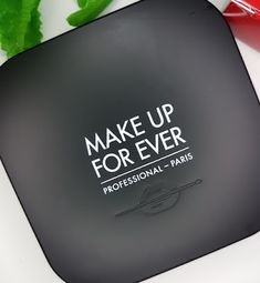 Make Up For Ever Ultra HD Microfinishing Pressed Powder review