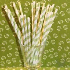 Vintage Paper Drinking Straws - Green Striped Paper Straws (Pack of 25 Retro Straws)