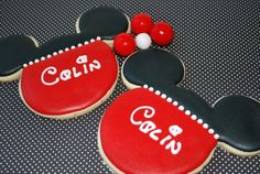 mickey mouse cookies (party favors) - would put name/age on cookie