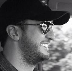 When i thought eric church was the only country boy that could rock ray bans