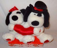 "Plush Valentine Couple Dogs Singing ""I Got You Babe"" Sonny Bono In Box 2000 #KidsofAmericaCorp #ValentinesDay"