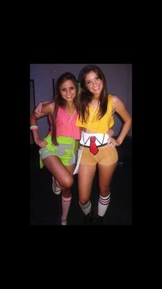 Instead of rocking a couple's costume with your significant other, how about teaming up with your gal pal to wear Halloween ensembles together? We've got loads of costume ideas … Best Friend Halloween Costumes, Cute Halloween Costumes, Diy Costumes, Costume Ideas, Halloween Costumes Bestfriends, Different Halloween Costumes, Group Costumes, Patrick Spongebob, Spongebob And Patrick Costumes