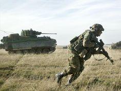 Pantserinfanterie met YPR-765 PRI - 43 Gemechaniseerde Brigade