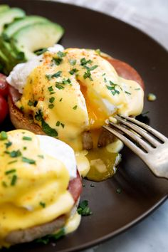 Eggs Benedict Recipe {with the Best Hollandaise Sauce!} - Cooking Classy Benedict Eggs Benedict Recipe {with the Best Hollandaise Sauce! Eggs Benedict Recipe, Egg Benedict, Rib Recipes, Lemon Recipes, Vegetarian Recipes, Best Breakfast Recipes, Brunch Recipes, Recipe For Hollandaise Sauce, Homemade Hamburgers
