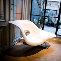 | CHAIR DU JOUR #06 | Charles & Ray Eames - La Chaise