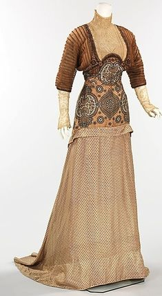 Evening Dress by House of Weeks ... from AntiqueDress.com ... photo 1