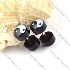 Stainless Steel Piercing Jewelry-g000148 Item No. : g000148 Market Price : US$ 2.90 Sales Price : US$ 0.29 Category : Body Jewelry Update time : 2013-05-08