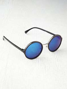 Free People Occasion Sunglasses-$18.00