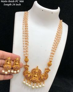 Gold Jewelry In Nepal Refferal: 4530831641 Kids Gold Jewellery, Gold Jewelry For Sale, Real Gold Jewelry, Gold Jewellery Design, Temple Jewellery, Antique Jewellery, Jewelry Shop, Gold Earrings Designs, Necklace Designs