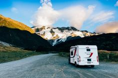 A 10-Day Itinerary for a Road Trip accross the South Island of New Zealand