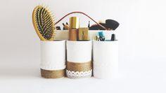 DIY_rangement_make_up. Rangement Makeup, Diy Rangement, Pot A Crayon, Project List, Desk Organization, Diy Crafts, Moment, Madame, How To Make