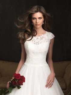 Allure Bridals : Allure Collection : Style 9058 : Available colours : White, Ivory (close up)