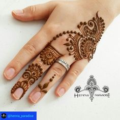 @henna_paradise. Another simple design from yesterday #henna#mehendi #hennatattoo #whitehenna