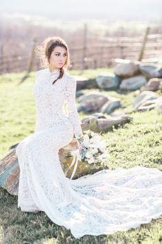 romantic bridal style portrait session