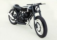 Analog Motorcycles | RD350 // S2RD