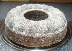 Red wine cake loose and juicy . - recipe with Rotweinkuchen locker und saftig……. – Rezept mit Bild The perfect red wine cake loose and juicy …….- recipe with picture and simple step-by-step instructions: butter with sugar light foam … - Desserts Français, French Desserts, French Food, Picture Polish, Doughnut Cake, Homemade Wine, Polish Recipes, Russian Recipes, French Pastries