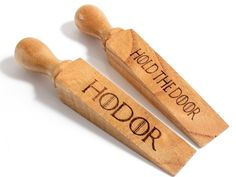 What is it?  Its a door stop tribute to Hodor! Hold the Door on the reverse side! Laser engraved on both sides, not stickers! They have a nice varnish finish to them.  5.3 inches / 13.5 cm long approx!  As they are made from wood, the appearance and sizes may differ slightly, as you would expect!  ONE door stop supplied!  Shipping?  US: thanks to our new partners, we now ship from New York tracked domestic with USPS which should mean delivery within 6-8 business days!  UK : we should have…
