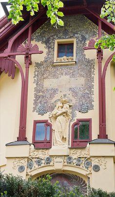 Prague Slavickova 196 by Philip1001971, via Flickr. Art Nouveau