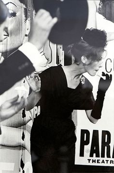 Mary Jane Russell photographed by Saul Leiter, 1959