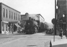Right up the city street in Lafayette, [Indiana?]. Not common today, but not that uncommon in the Glory Days. Photo from NOLA Rails.