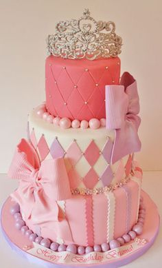 I think I want this cake for my Half-Birthday in June! First Birthday Cakes New Jersey – Princess Tiara Custom Cakes Pretty Cakes, Cute Cakes, Beautiful Cakes, Amazing Cakes, Bolo Fack, First Birthday Cakes, Half Birthday, Birthday Ideas, Fancy Cakes