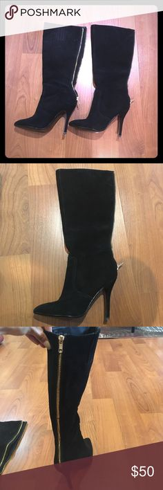 Steven maiden 6M . Black suede Great condition. No major signs of wear . No stain no rip. As new Steve Madden Shoes Heeled Boots