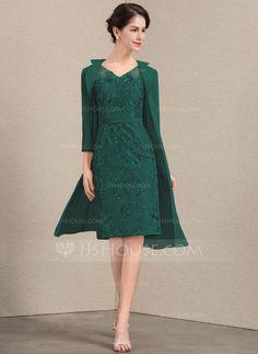 fac73d78469f Sheath/Column V-neck Knee-Length Lace Mother of the Bride Dress (