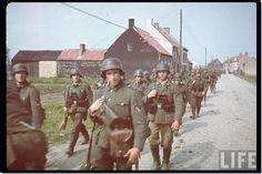 nazi germany color photos | nazi-germany-rare-color-colour-photographs-pictures-images-ww2--020 ...