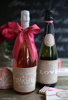Free Sweet Vintage Valentine's Day Labels Valentine Day Crafts, Vintage Valentines, Love Valentines, Holiday Crafts, Holiday Fun, Valentine Ideas, Champagne Label, Champagne Bottles, Wine Bottle Gift