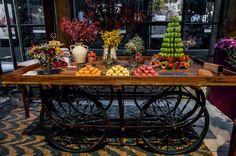 Mesa decorada por Thais Cortelazzi com macarons May Macarons!