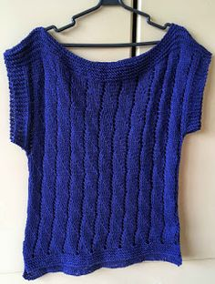 Blusinha de Verão Azul Crochet Projects, Crochet Top, Ideias Fashion, Sweaters For Women, Fancy, Pullover, Knitting, Tops, Style