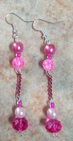 Perlas y cadena rosa