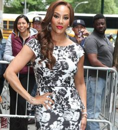 """Vivica Fox added to the cast of """"Empire."""" She's supposed to be playing Cookie's oldest sister. Vivica Fox, Entertainment Blogs, Beautiful People, Beautiful Women, African Diaspora, Slc, Celebs, Celebrities, Goddesses"""