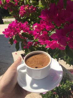 Turkish coffee With flowers Coffee Cafe, Coffee Drinks, Coffee Pictures, Beautiful Moon, Coffee And Books, Turkish Coffee, But First Coffee, Good Morning Images, Coffee Recipes
