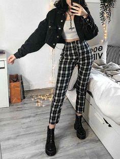 Hipster Fashion Style, Egirl Fashion, Fashion Outfits, Grunge Fashion Soft, Fashion Trends, Fashion Women, Hipster Clothing, Fashion Clothes, Fashion Ideas
