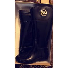 BRAND NEW Michael Kors rain boots New with tags Michael Kors rain boots. Black size 9 never worn. Price is firm. ✨ These are super cute, I just won't wear them. Michael Kors Shoes