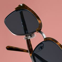 Point the way forward :: The PO3199S is only available online on Persol.com