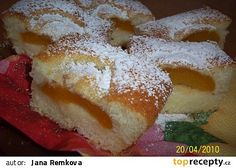 Hrníčkové meruňkové řezy recept - TopRecepty.cz Sweet Desserts, Sweet Recipes, Doughnuts, Relleno, Nutella, Sweet Tooth, French Toast, Sweets, Bread