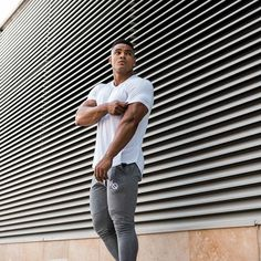 Men's Casual Gym Workout Short Sleeve T-shirt Gym Workouts, Health Fitness, Men Casual, Physique, Tips, Sleeves, T Shirt, Men Styles, Physicist