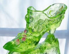 Fenton Hand Painted Rose Slipper Shoe in Key Lime Fenton Glass, Glass Ceramic, Ceramic Shoes, Cinderella Slipper, Glass Shoes, Fairy Lamp, Crystal Shoes, Glass Slipper, Carnival Glass