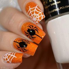 There are so many fun designs to choose from and depending on the costume for your Halloween, you should pick the one that suits your costume theme the best. Holloween Nails, Halloween Acrylic Nails, Cute Halloween Nails, Halloween Nail Designs, Fall Nail Designs, Cute Easy Nail Designs, Cute Acrylic Nail Designs, Easy Designs, Fingernail Designs