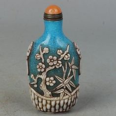 Chinese Exquisite Hand carved Flowers and bamboo carved Glass snuff bottle