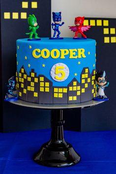 Superhero Cityscape Cake from a PJ Masks Birthday Party on Kara's Party Ideas Pj Masks Birthday Cake, 4th Birthday Cakes, Superhero Birthday Party, Boy Birthday Parties, Birthday Celebration, Birthday Ideas, 10 Birthday, Torta Pj Mask, Festa Pj Masks