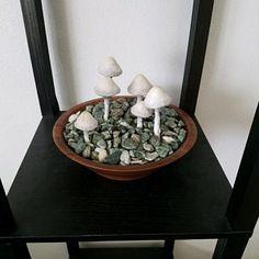 Foto van Koper die dit item heeft beoordeeld met de Etsy app for iPhone. Light Table, Lamp Light, A Table, Stuffed Mushroom Caps, Stuffed Mushrooms, Paper Mache Bowls, Fairy Bedroom, Glow, Handmade Lamps