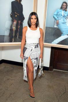 Kim Kardashian Wearing a Vintage Dior Newspaper Skirt at a Wardrobe.NYC x Levi's Event - Kim Kardashian Wearing a Vintage Dior Newspaper Skirt at a Wardrobe.NYC x Levi's Event - Look Kim Kardashian, Kardashian Jenner, Kardashian Kollection, Kendall Jenner, Kim Kardashian Closet, Kim Kardashian Blazer, Kardashian Nails, Kardashian Dresses, Kardashian Wedding