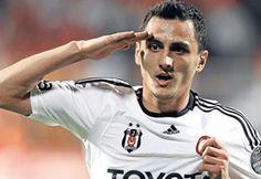 Mustafa Pektemek bir ay yok!