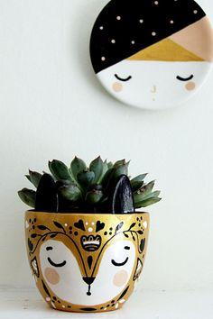 Gold Planter - Small Succulent Pot - Ceramic Plant Pot -Ceramic Planter - Succulent Planter Your plant's new home. Unique Plants, Small Plants, Potted Plants, Air Plants, Cactus Plants, Pottery Painting, Ceramic Painting, Ceramic Art, Small Succulents