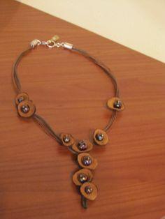 Ketting met beads , geen embroidery ;)