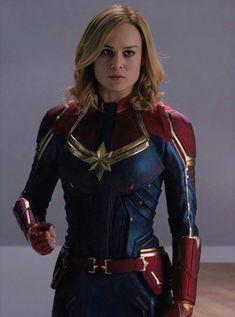 New behind the scene of Captain Marvel! Avengers Women, Marvel Women, Marvel Girls, Thanos Marvel, Marvel Avengers, Marvel Characters, Marvel Movies, Divas, Captain Marvel Carol Danvers
