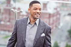 How far would you go to become and stay famous? For Will Smith that meant not drinking for over ten years to stay camera-ready. Will Smith revealed he David Beckham Cologne, Who Plays Thor, Will Smith Quotes, Hollywood, John Varvatos, Successful People, Modern Man, Hugo Boss, Dapper